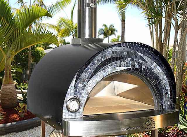 My-Fiamma-outdoor-pizza-oven