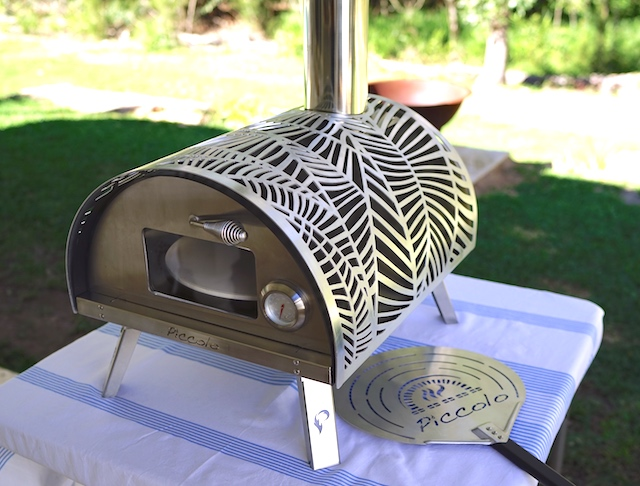 Piccolo wood fired gourmet oven
